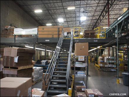 Warehouse-Storage-Area-Mezzanine-001-LG
