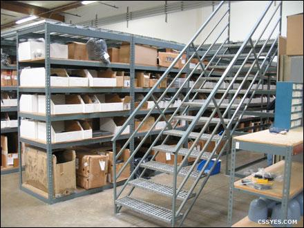 12-Step-Rapid-Rack-Catwalk-Stairway-001-LG