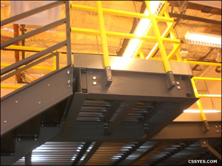 Cantilever-Stairs-LG-001