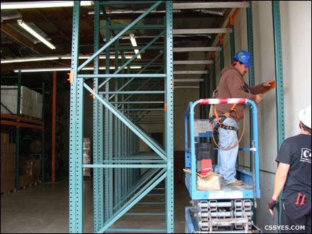 Drive-In-Pallet-Rack-Installation-001-LG